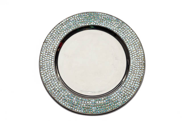 Where to find ROUND SILVER SEQUIN CHARGER in East Bay