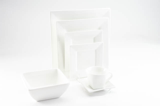 Where to find WHITE SQUARE CHINA in East Bay