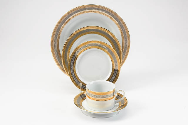 Where to find ELEGANCE PORCELAIN CHINA in East Bay