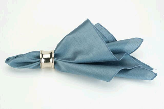 Where to find SLATE BLUE DOLCE DINNER NAPKIN in East Bay