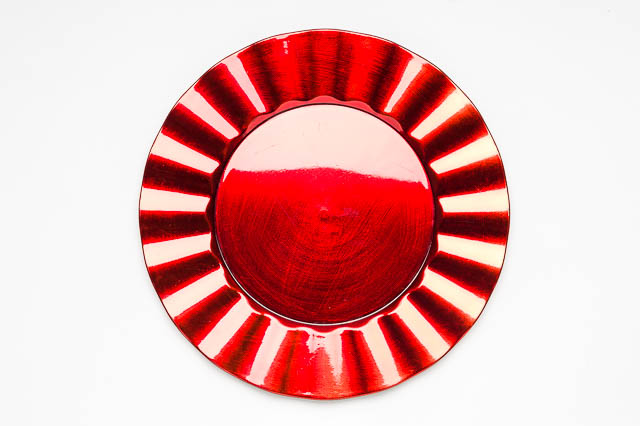 Where to find ROUND RED RUFFLE LACQUER CHARGER in East Bay