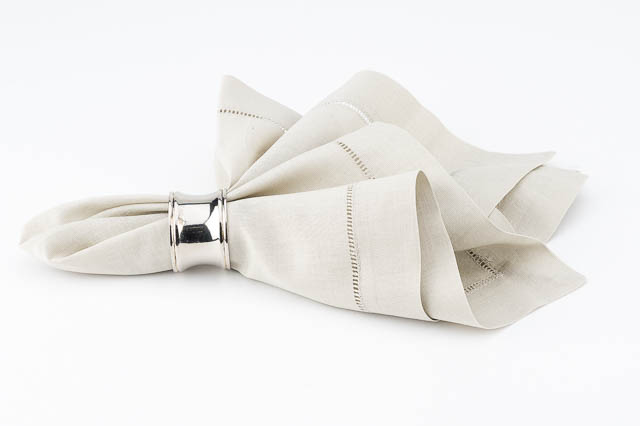 Where to find TAUPE LINEN HEMSTITCHED DINNER NAPKIN in East Bay