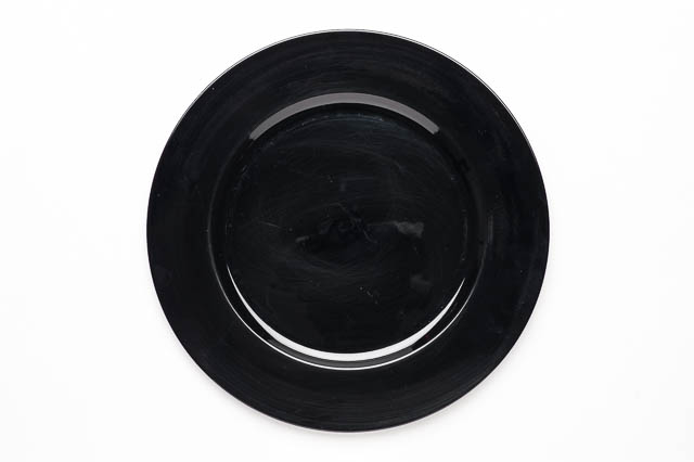 Where to find ROUND BLACK ACRYLIC CHARGER in East Bay
