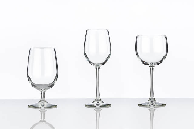 Where to find VINA GLASSWARE in East Bay