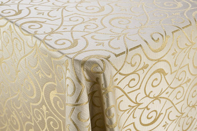 Where to find 134 RND CHAMPAGNE GLITZ LINEN in East Bay